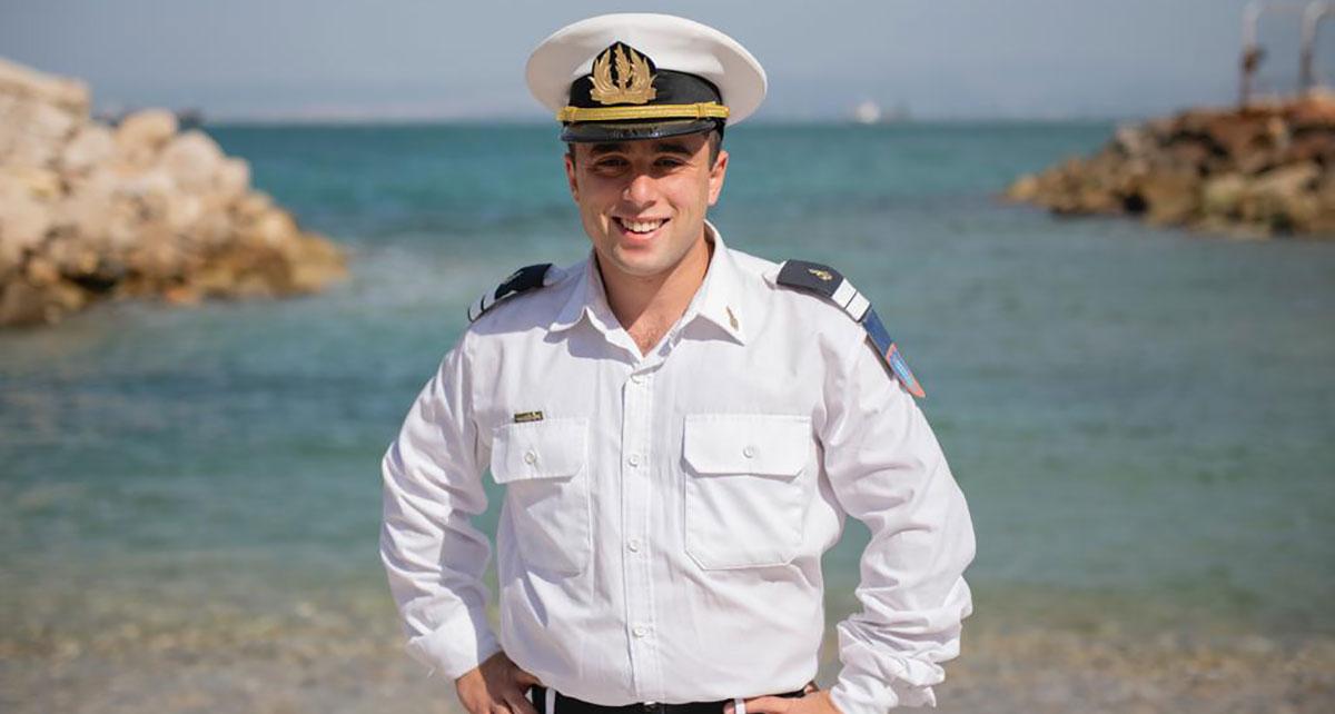 סגן יונתן שועלי מהרצליה. בוגר קורס חובלים 142
