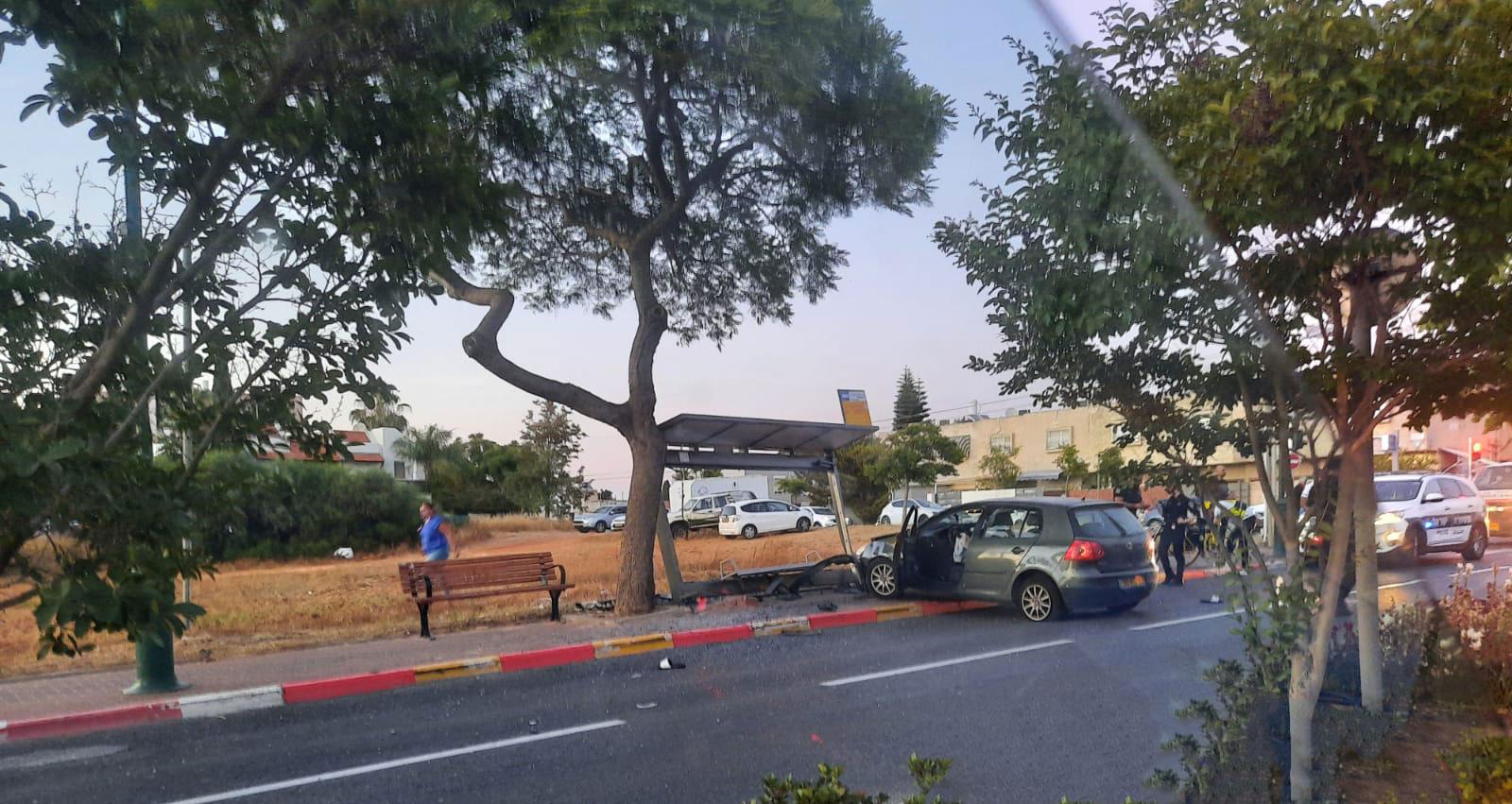 תאונת דרכים ברחוב הבריגדה היהודית הרצליה 18.05.2021