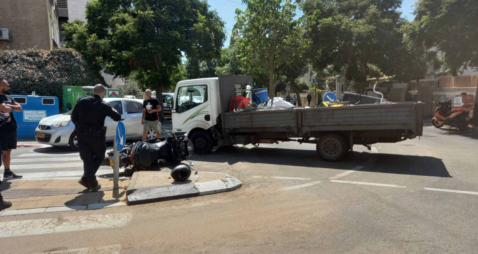 תאונת דרכים בהרצליה משאית ואופנוע 05.09.2021